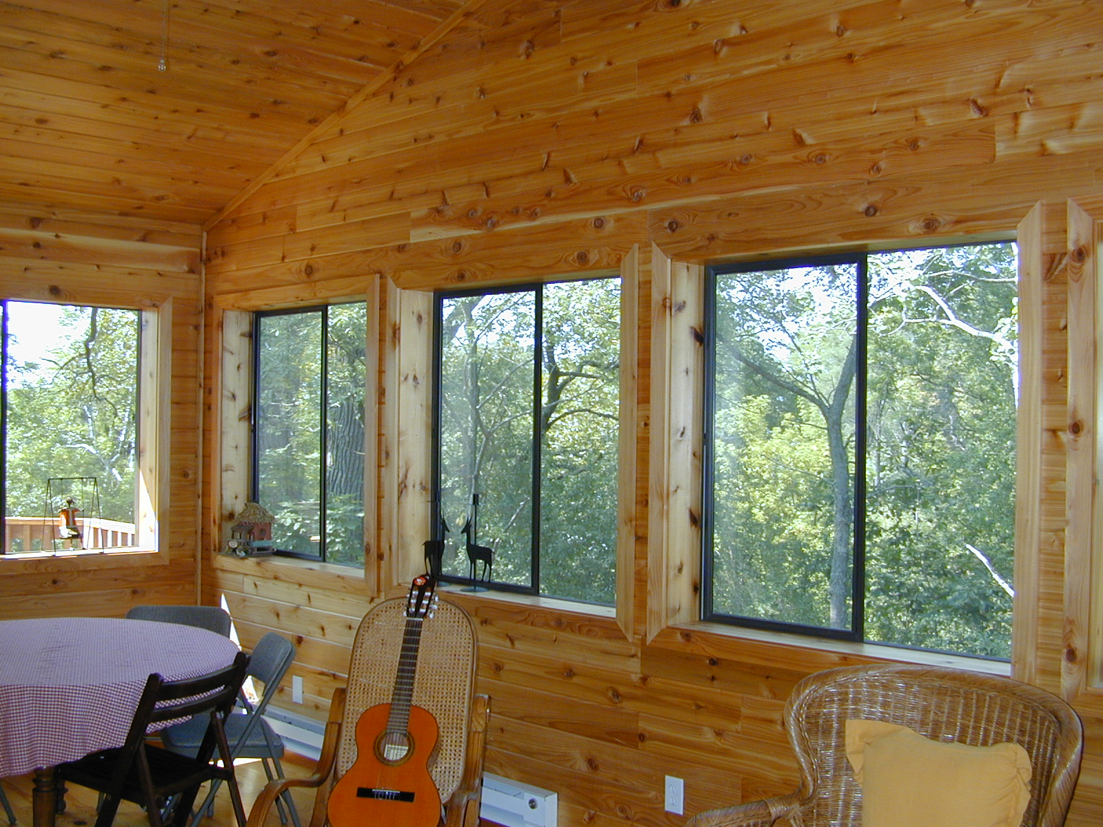 Home design mfg new home builders remodelers for Log home sunrooms